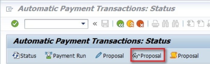 You can now change or display the Proposal.  This will show you which invoices are picked up by the proposal and which invoices will not be paid.  Everything doesn't have to be in green, but check if there are any invoices that you expected to be picked up, but are not picked up. We entered the payment method as Z, so the other invoices that do not have a payment method, did not get picked up.